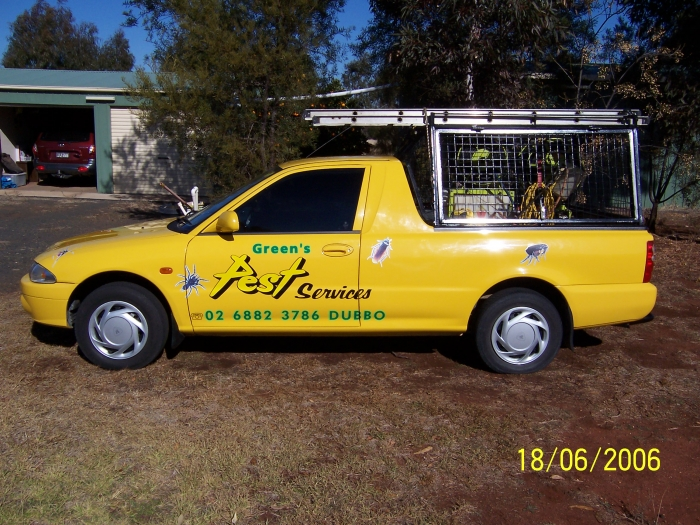 Greens Pest Services car